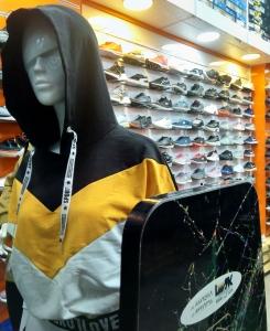 خرید تگ لباس ورزشی